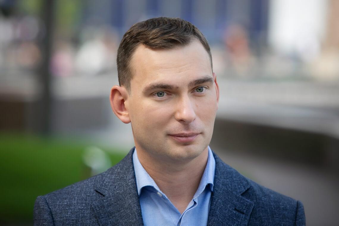 Парламент зробив ще один крок до відновлення співпраці з МВФ, але цього недостатньо, — Ярослав Железняк