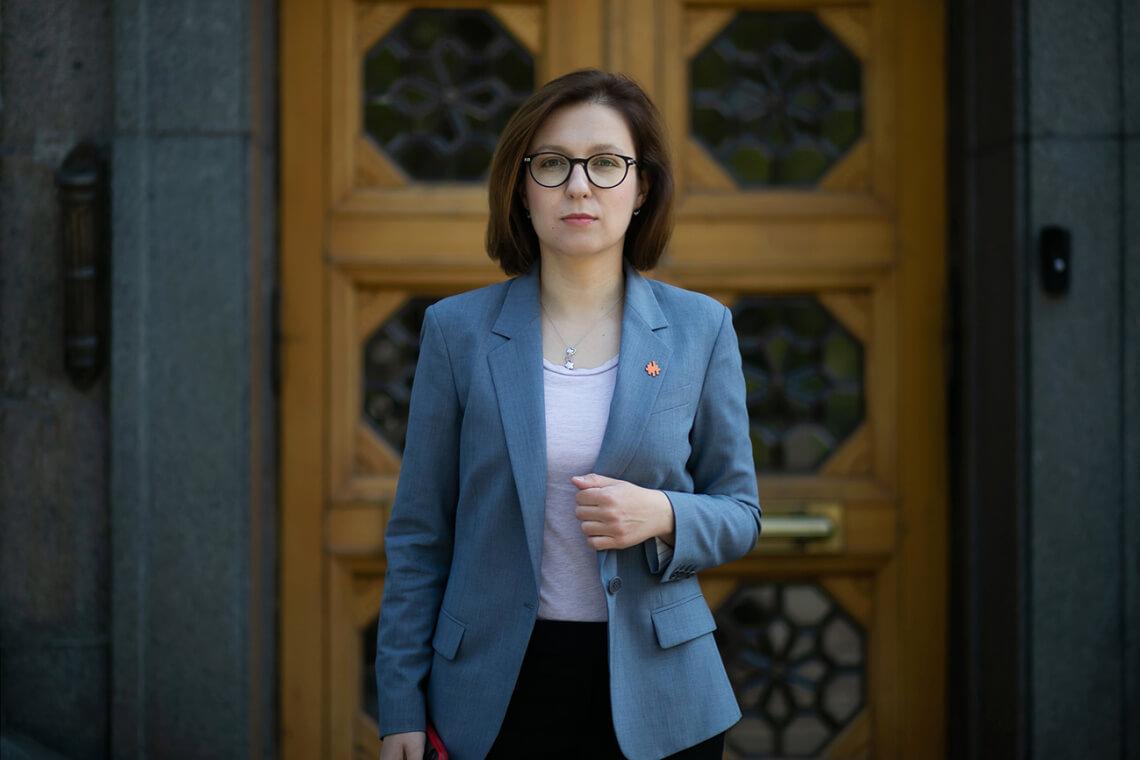 Уряд має допомогти незахищеному населенню пережити локдаун, — Інна Совсун