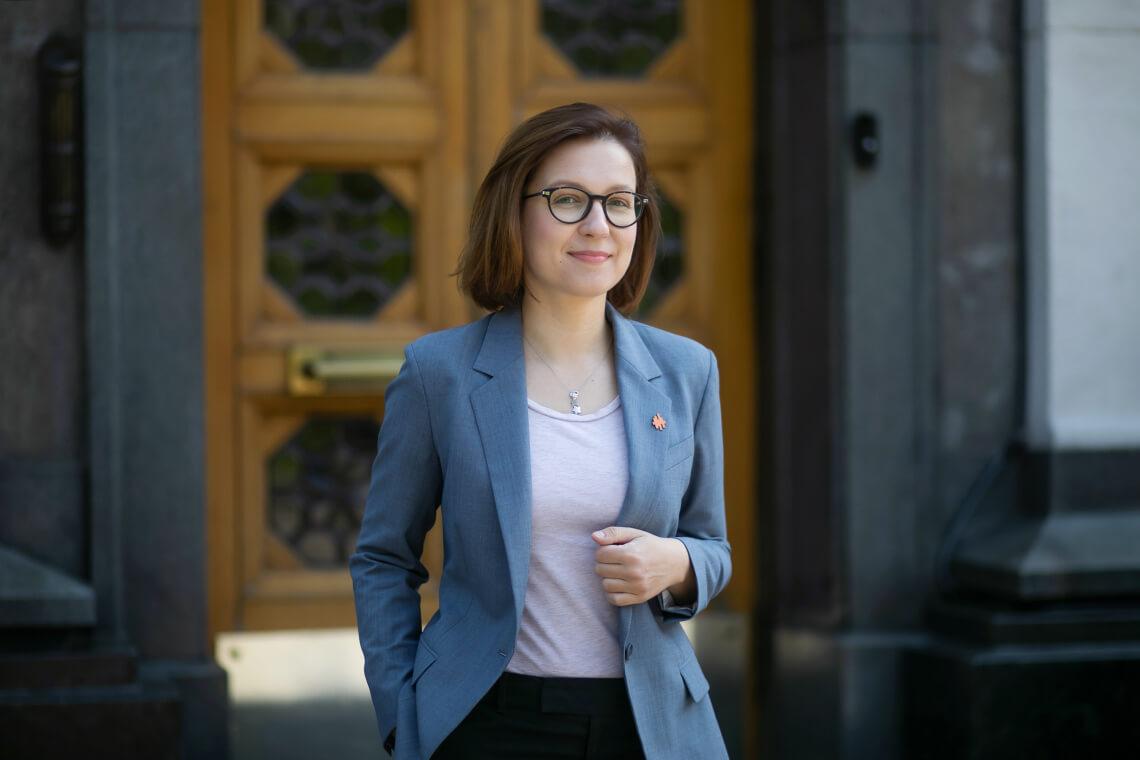 Уряд на закритому засіданні пропихнув плагіатора та корупціонера часів Януковича на посаду міністра освіти. Але ми маємо чим відповісти, — Інна Совсун